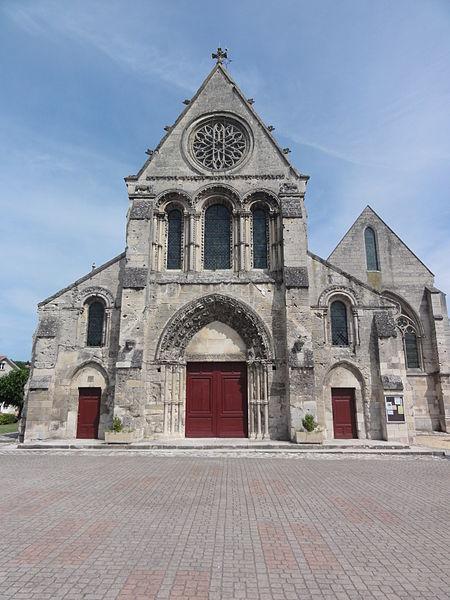 Église Notre-Dame de Vailly-sur-Aisne, façade
