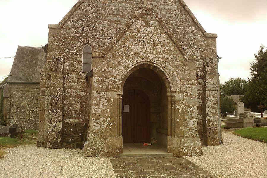 Vue de la commune fr:Saint-Louet-sur-Vire avec église et son autel à la vierge