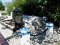 Братська могила радянських воїнів, с. Більманка, в центрі села, Більмацький район, Запорізька обл.jpg