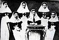 Выпускники Центральной фельдшерской школы 1906 года. г. Могилев.jpg