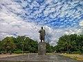 Ленин на Октябрьской площади.jpg