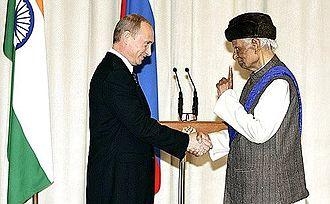Jagdish Chandra Kapur - Image: Путин и Джагдиш Капур