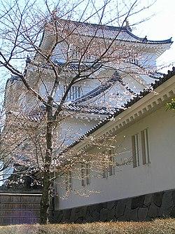 サクラ咲く頃の大多喜城P1010051.jpg