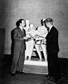 01-12-1950 07064B Henry Moore (5445614009).jpg