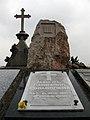 172 Tomba de Manuel Carrasco i Formiguera.jpg