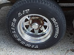 1986 Ford F150 wheels 05.JPG