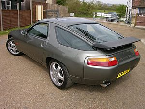 Porsche 928 - Porsche 928 S4 rear