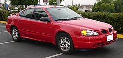 2005 Pontiac Grand Am.jpg