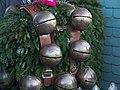 2006-01-13 17-04-25. Silversterkäuse in Urnäsch.jpg