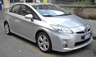 Toyota Prius (XW30) - Image: 2010 Toyota Prius front