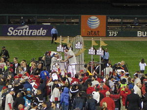 English: Lance Berkman on the 2011 World Serie...