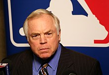 2015 -WinterMeetings- Buck Showalter (23344175610).jpg