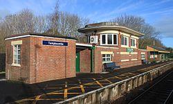 2015 at Templecombe station - old signal box and waiitng room.JPG