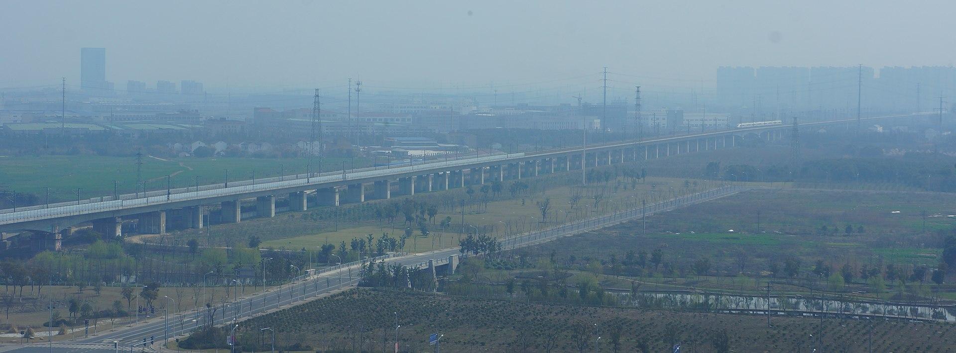 201603 Danyang-Kunshan grand bridge (wuxi) (cropped).JPG