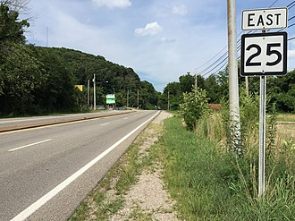 West Virginia Route 25 - View east along WV 25 at WV 62 in Charleston