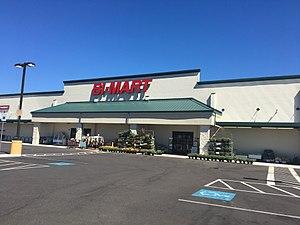 Bi-Mart - Bi-Mart in Scappoose, Oregon