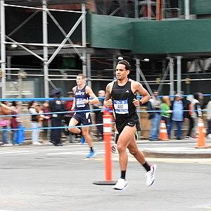 2017 New York City Marathon - Early leader in Brooklyn