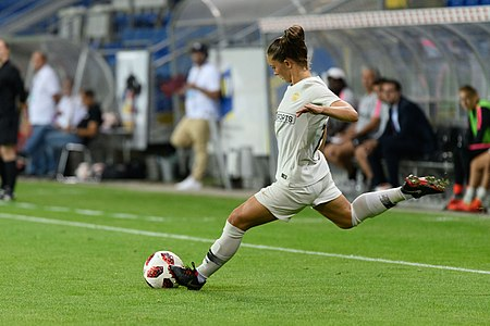 20180912 UEFA Women's Champions League 2019 SKN - PSG Eve Perisset 850 5028.jpg