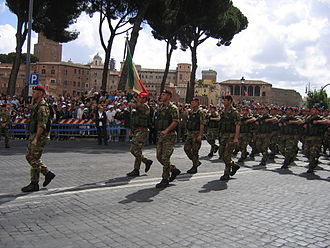 "1st Paratroopers Carabinieri Regiment ""Tuscania"" -  Tuscania parading in 2007"