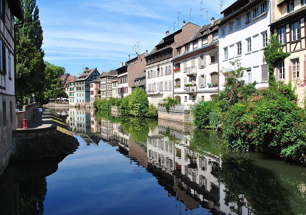 dating strasbourg france Watercolor painting classes with carol duchamp of art trek to santa fe, new mexico, tahiti and huahine islands, french polynesia, antibes and dordorgne france, marin.