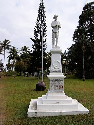Port Douglas - Port Douglas War Memorial, 2006