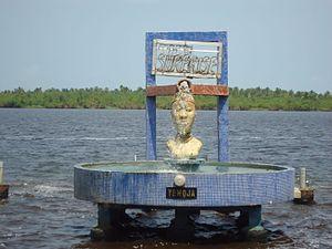 Yemoja - A Yemoja statue at Badagry, Nigeria