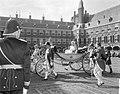 Aankomst van prinses Margriet en prinses Christina bij de Ridderzaal, Bestanddeelnr 919-5768.jpg