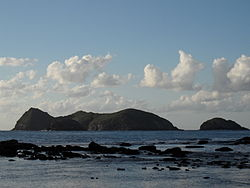 Admiralty Group off Ned's Beach LordHoweIsland 4June2011.jpg