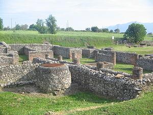 Aeclanum - Image: Aeclanum (Ruins 01)