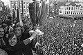 Ajax-spelers Johan Cruijff en Piet Keizer met de cup, Bestanddeelnr 925-6405.jpg