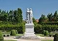 Alexander and Olympias Schönbrunn, back side.jpg
