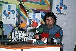 André Abbe en studio à Radio France Provence à Marseille en 1984.jpg