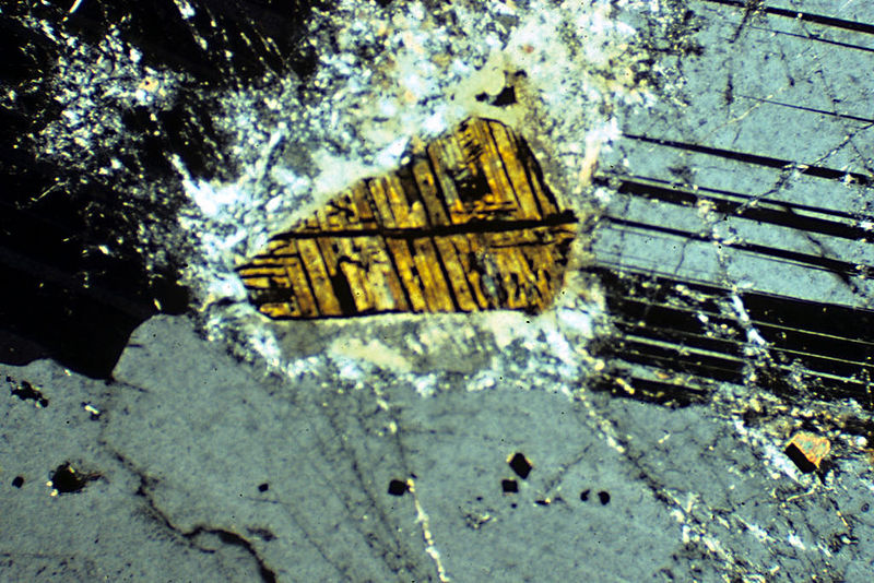 File:Anorthosite-microsection.jpg