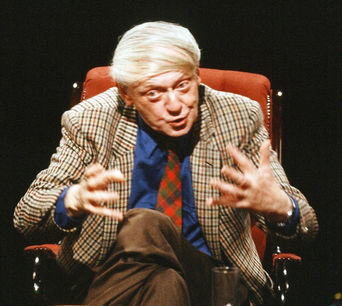 The multilingual Anthony Burgess. Photo credit: Open Media Ltd./Wikimedia Commons [Licensed under CC BY 3.0]
