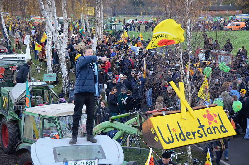 File:Anti-Castor-Demonstration Gorleben 20101106 i.jpg