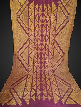 Phulkari - Antique Chope Phulkari created using the Holbein stitch that results in the same visual on the front and the back of the textile. Courtesy the Wovensouls collection