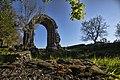 Arco di Traiano a Carsulae.jpg