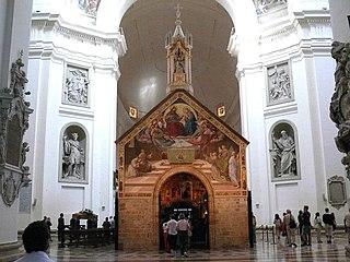 """2 août : Indulgence de la Portioncule,"""" Pardon d'Assise 320px-Assisi_z13"""
