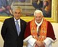 Audiencia privada con Benedicto Su Santidad, el papa Benedicto XVI (5494391984).jpg