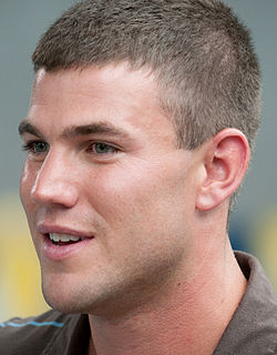 Austin Stowell-DolphinTale (cropped).jpg