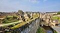 Avancée du Château de Fougères et Porte Notre-Dame vues de la Tour du Cadran.jpg
