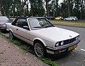 BMW 325i Convertible (29863152677).jpg