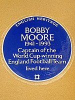 BOBBY MOORE 1941-1993 Captain of the World Cup-winning England Football Team lived here.jpg