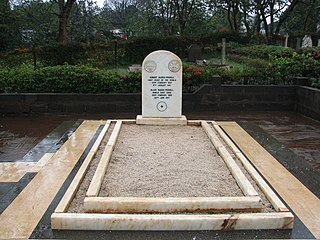 Baden-Powell grave grave