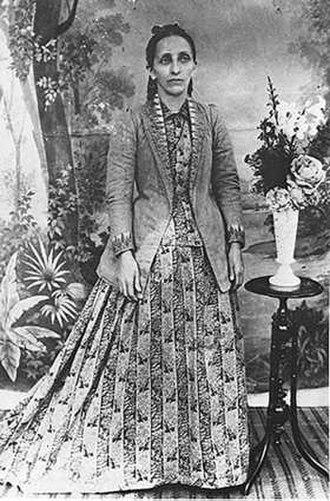 Bahá'u'lláh's family - Bahíyyih Khánum in 1895