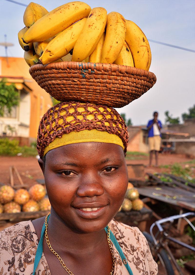 Banana Vendor, Uganda (15166221095).jpg