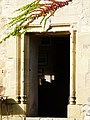 Baneuil château porte.JPG