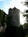 Baneuil château tour sud-est.JPG