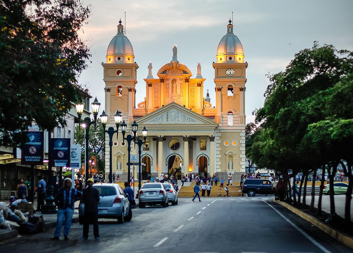 Basílica de Nuestra Señora de Chiquinquirá (Maracaibo) - Wikipedia ...