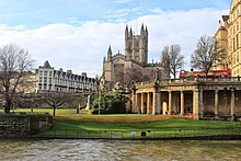 Bath Abbey From River Avon 2014.JPG